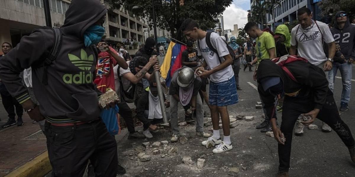 Ascienden a trece las muertes en escenarios de protestas en Venezuela