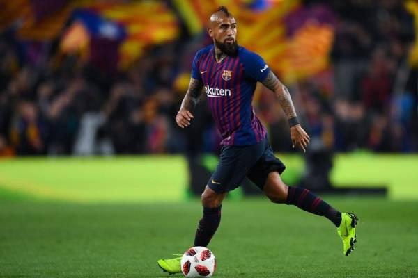Arturo Vidal es titular en Barcelona ante Sevilla / Foto: Getty Images