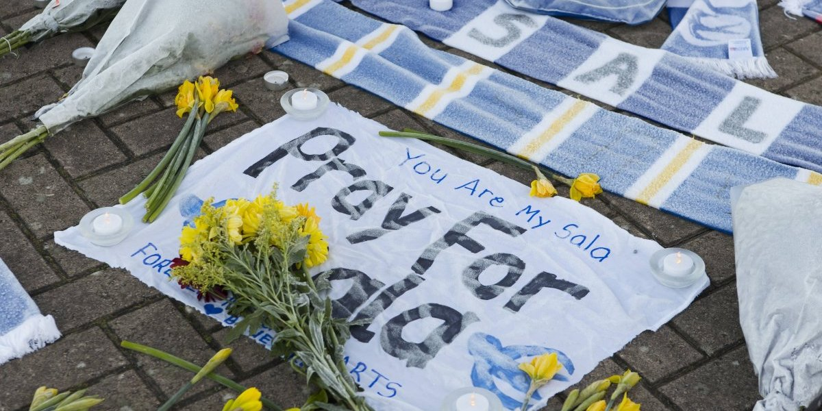 Nantes no durmió: Los homenajes que ha recibido el desaparecido Emiliano Sala