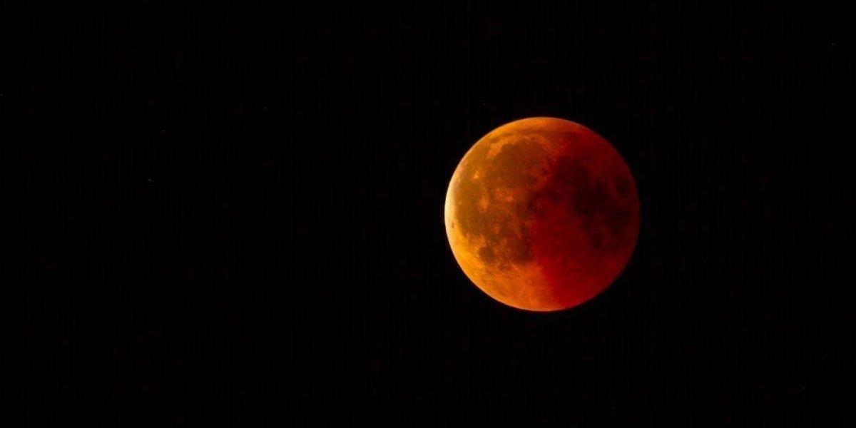 Meteorito se estrelló en la luna durante eclipse