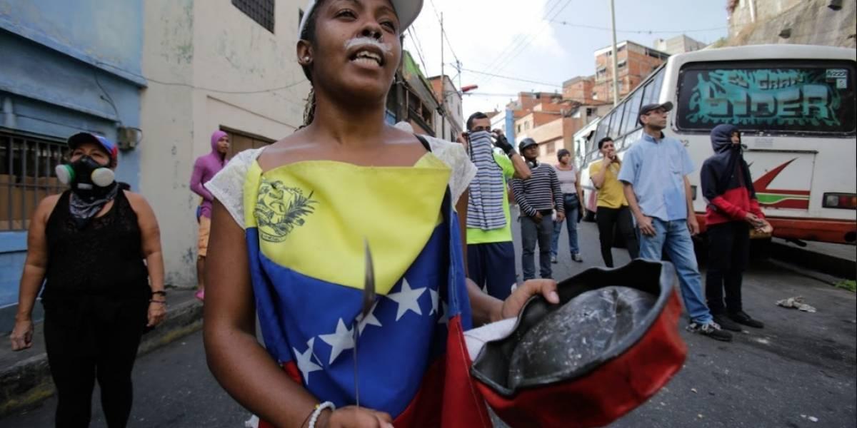 Masivas manifestaciones de oposición buscan derrocar a Maduro