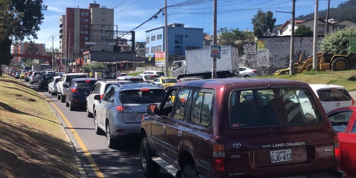 Quito: Se reporta congestión vehicular en la avenida Mariscal Sucre