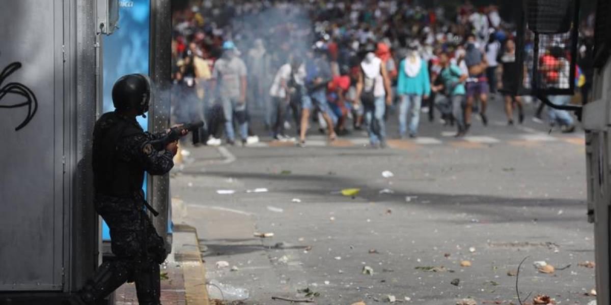 Suben a 26 las muertes en medio de las protestas de Venezuela, según ONG