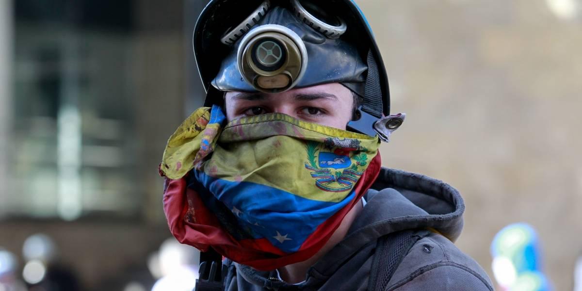 """Lenín Moreno espera que militares de Venezuela tomen una """"posición democrática"""""""