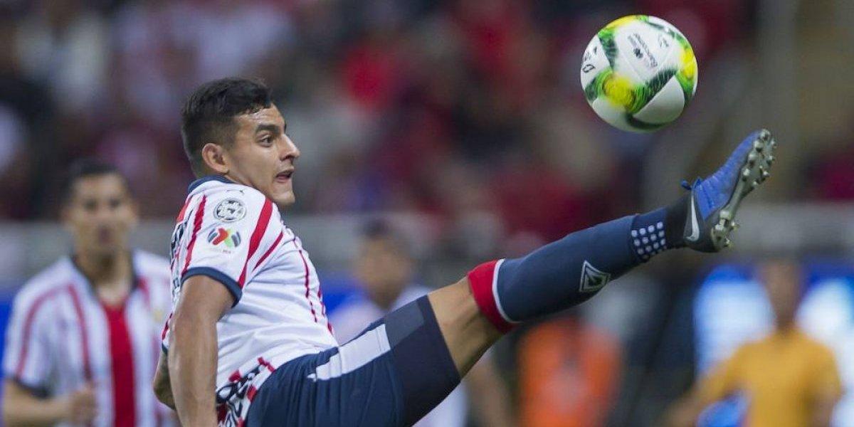 Alexis Vega, ansioso por encontrar el gol con Chivas