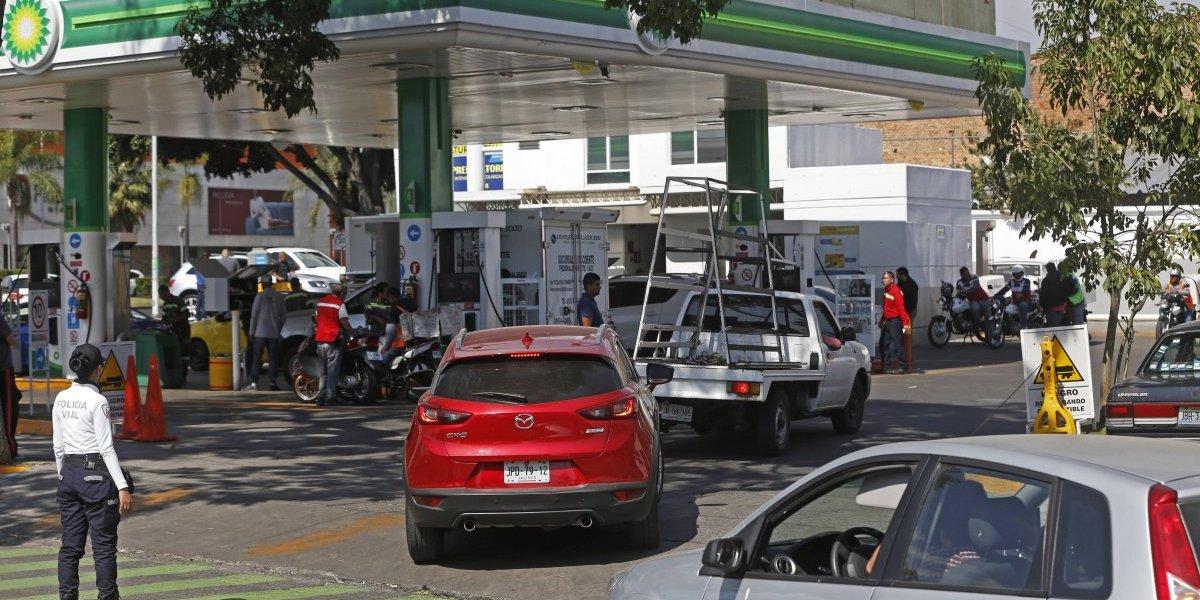 SHCP anuncia estímulo fiscal para combustibles