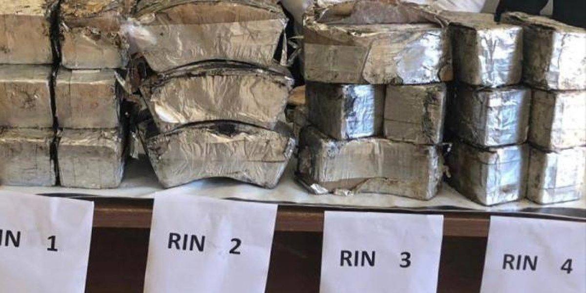 Aseguran en NL 70 kilos de droga transportados en rines de una camioneta
