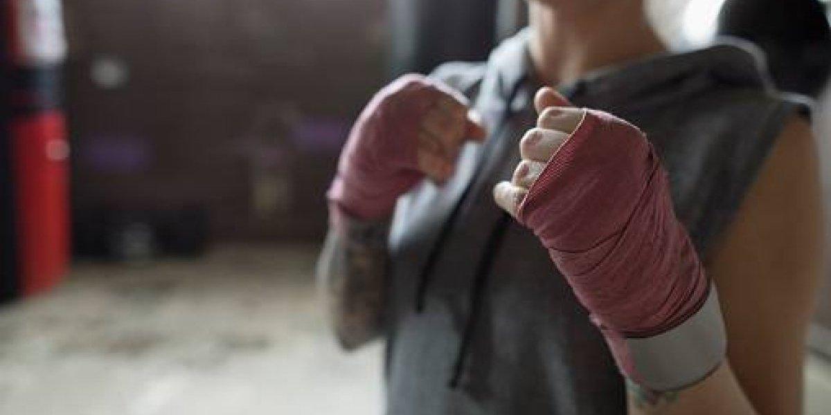 Niño es golpeado por sus padres para convertirlo en boxeador