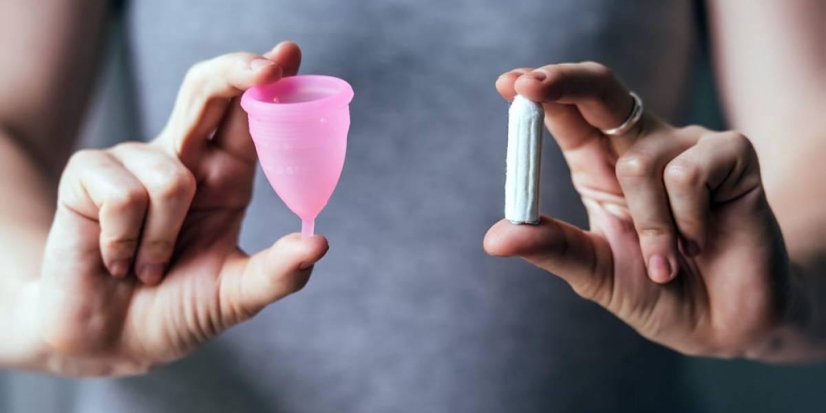 Higiene femenina: 2.066 kilos de basura por mujer podrían evitarse al cambiar las toallitas por copitas menstruales