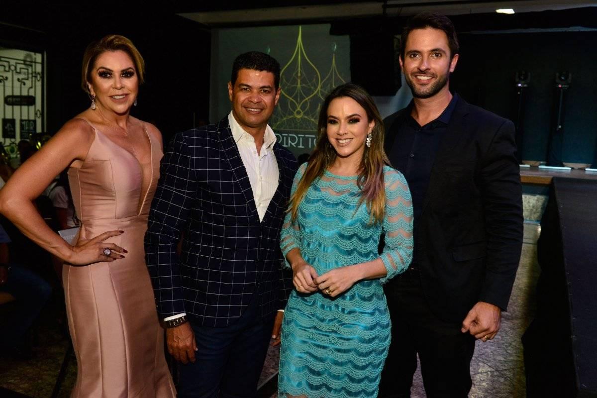 Os jurados do concurso deste ano: Raigna Vasconcelos, Dorion Soares, Karla e Paulo Lessa Fábio Vicentini