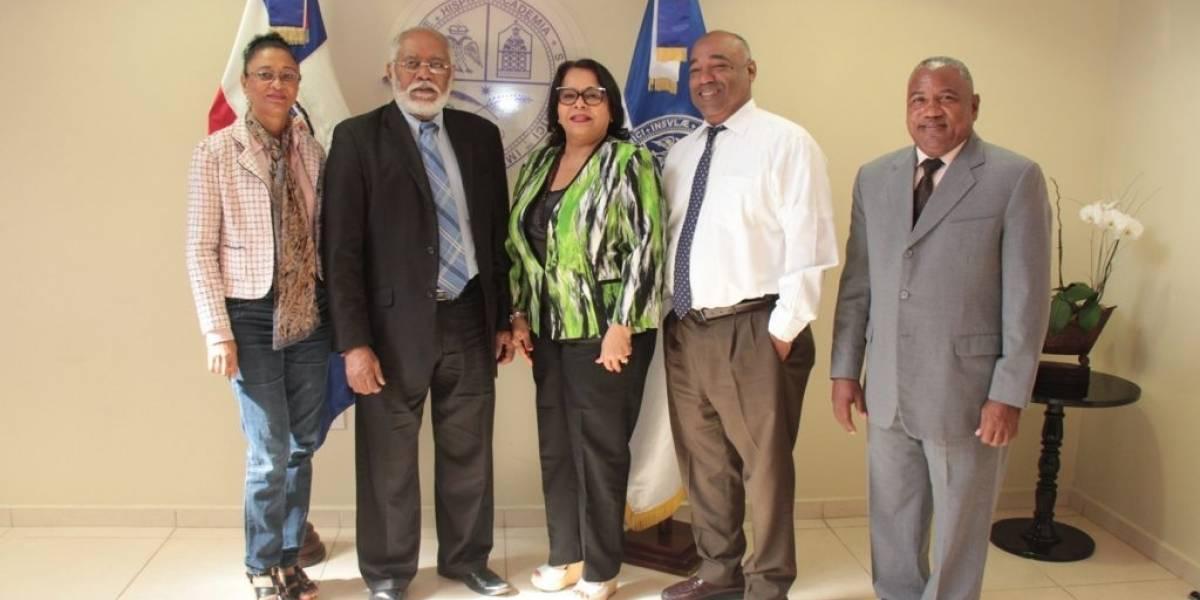 Rectora UASD recibe visita de presidente del Colegio Médico Dominicano