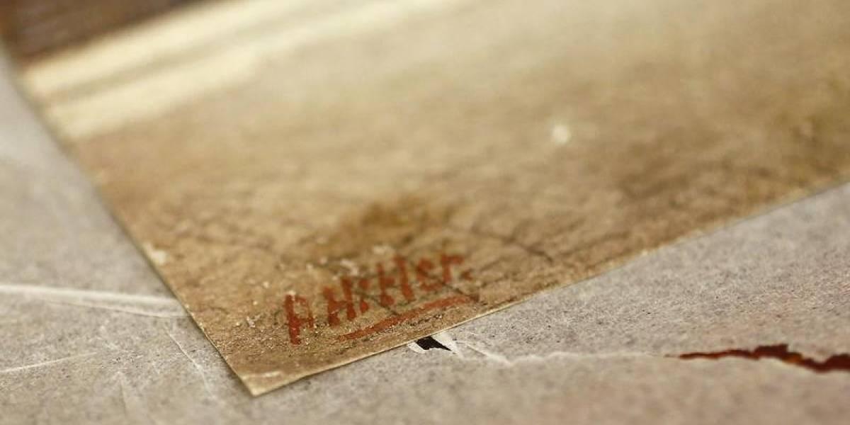Aquarelas feitas por Hitler são postas à venda em Berlim