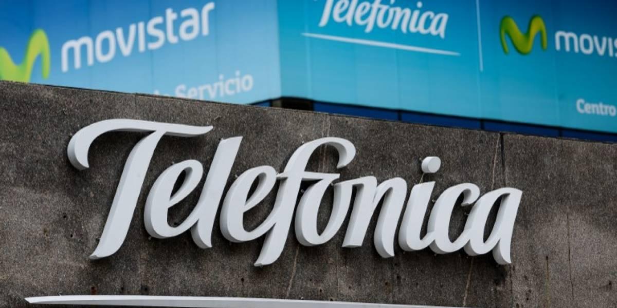 Telefónica anuncia que vende sus acciones de Guatemala y El Salvador a Claro