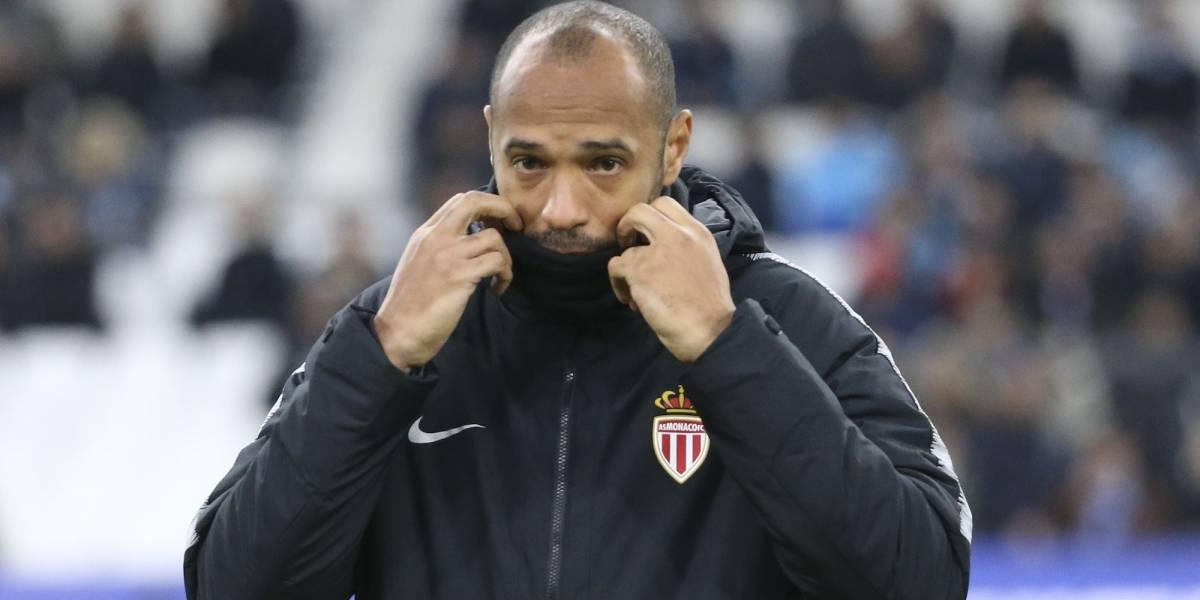 Thierry Henry fue suspendido de sus funciones como entrenador del Mónaco