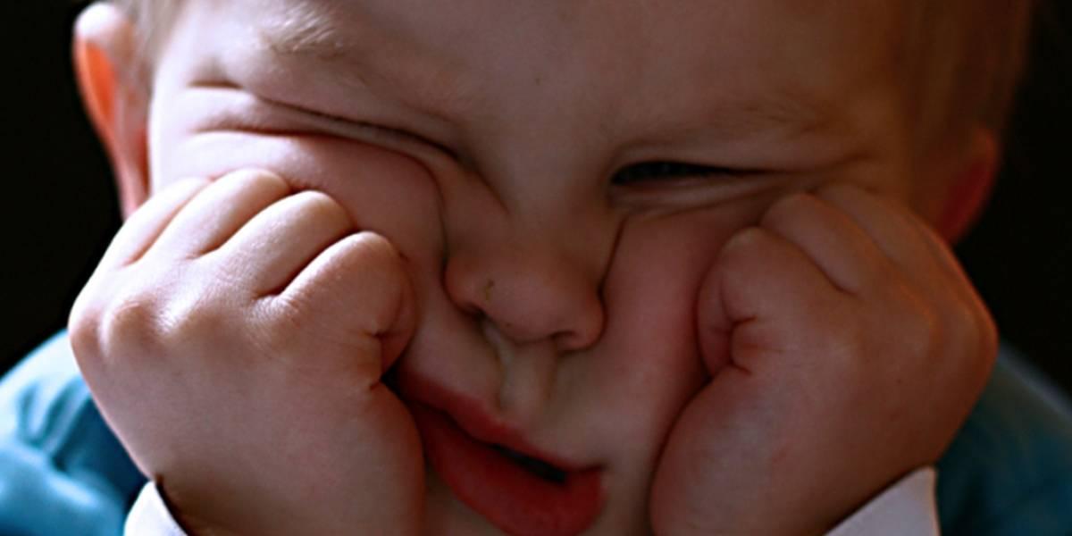 Por qué no deberías obligar a tus hijos a dar besos y abrazos