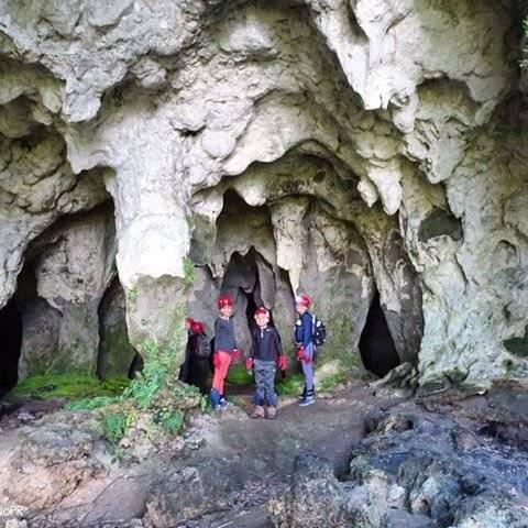 Inician ruta de recorridos por las Cuevas Cabachuelas de Morovis. Suministrada