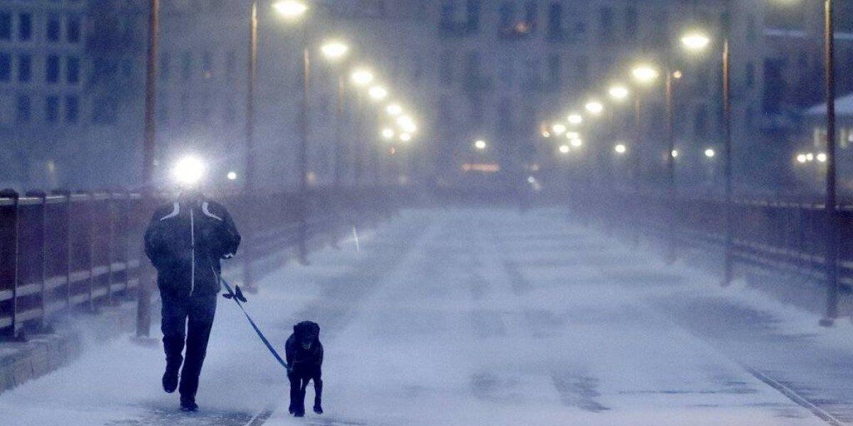 Frío extremo azota el centro norte de EE. UU.