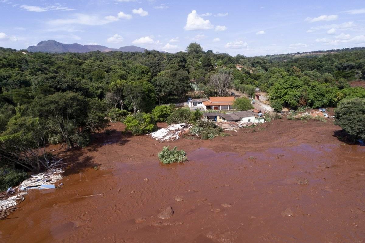 Colapso de una presa en Brasil AP