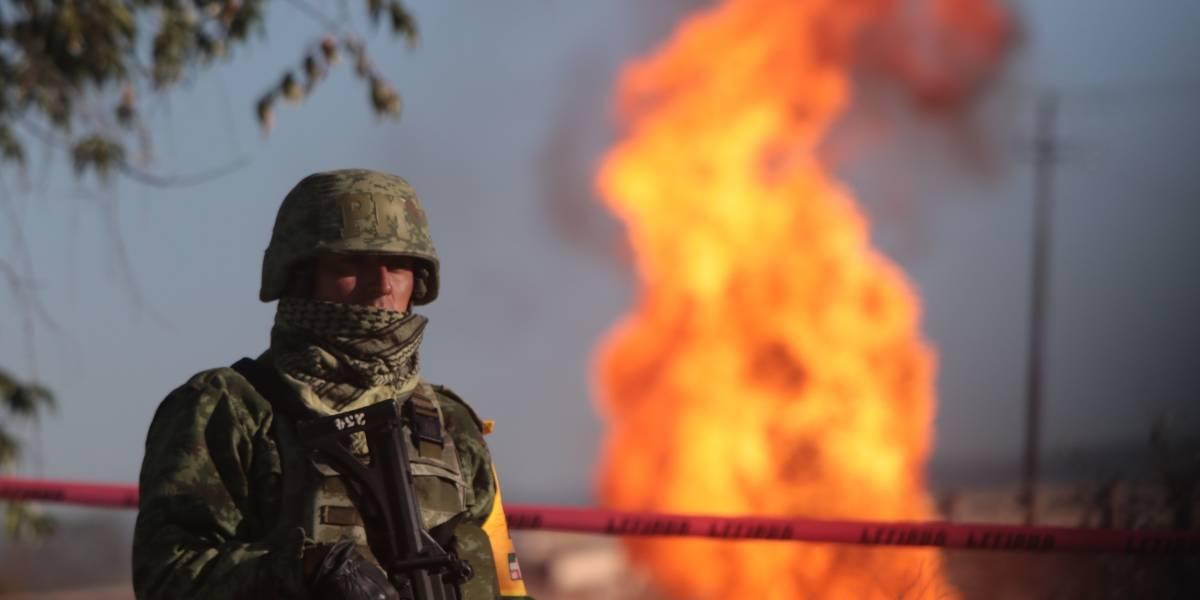 Enfrentamiento entre huachicoleros y militares en el Edomex