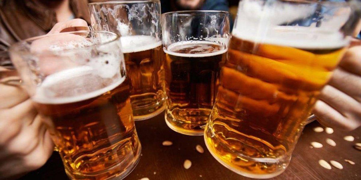 La panza chelera es un mito: científicos confirman que la cerveza no engorda y además hace bien para la salud