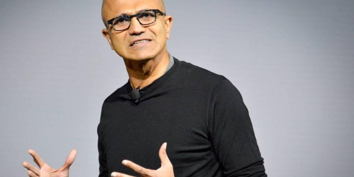 """CEO de Microsoft afirma las personas deben ser """"dueñas de sus propios datos"""""""