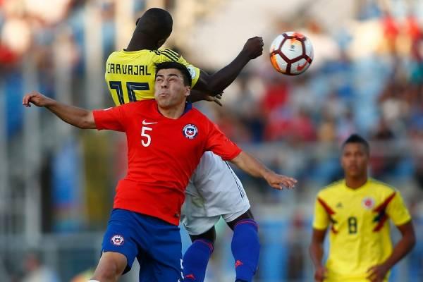 Tomás Alarcón fue uno de los fijos de Chile en el amargo Sudamericano Sub 20 / Foto: Photosport