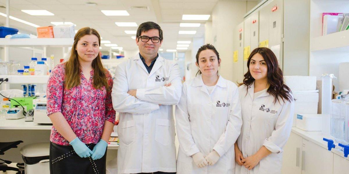 Con tecnología de punta: estudio chileno busca crear la inyección rejuvenecedora del cerebro para combatir el Parkinson