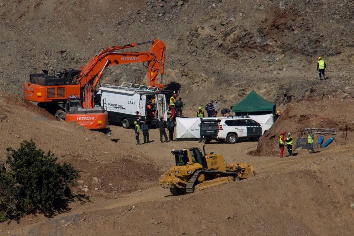 La muerte del niño español que cayó a un pozo entra en fase de investigación