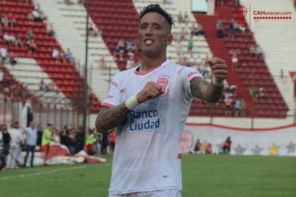 La Pantera encontró la felicidad en Argentina / imagen: Twitter Huracán