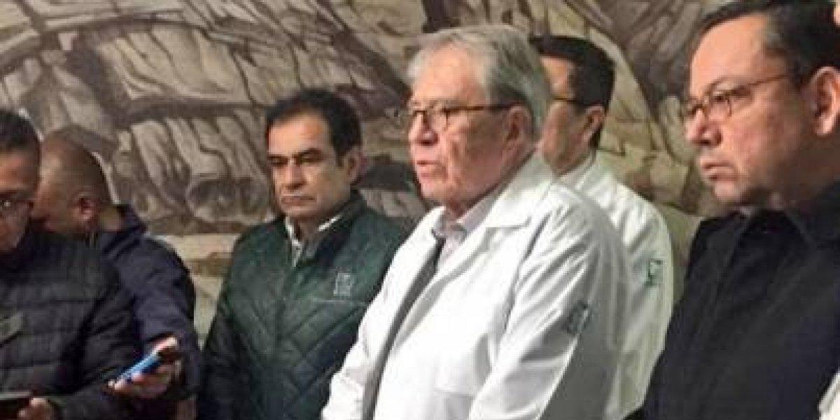 Jorge Alcocer visita a heridos por la explosión en Tlahuelilpan