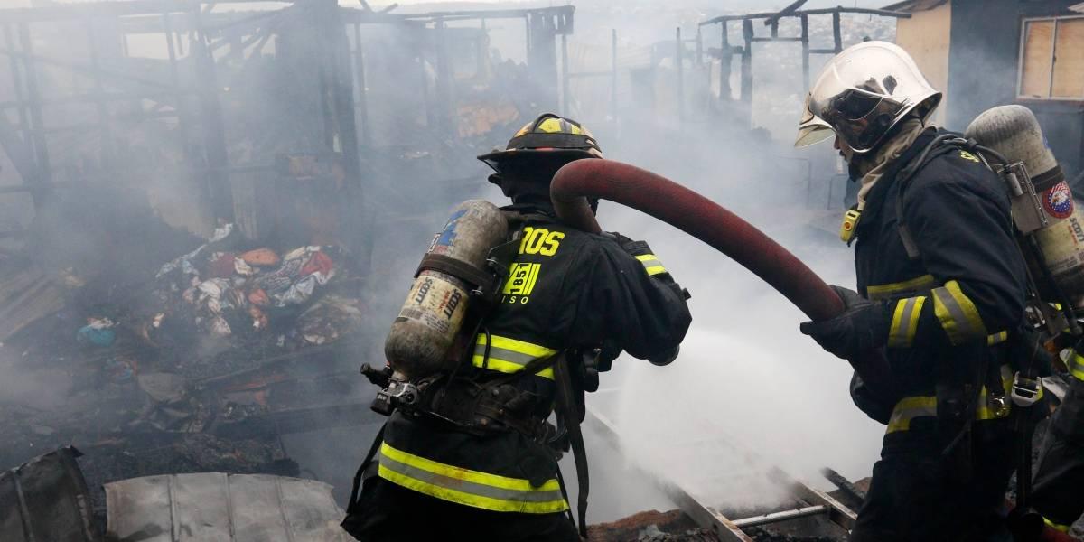 Joven de 20 años muere calcinado en incendio que destruyó su hogar en Quilleco