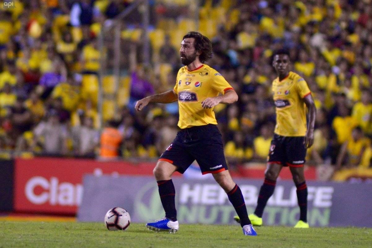 Noche Amarilla: Barcelona derrota a Alianza Lima con Pirlo como invitado pero con Alemán como figura