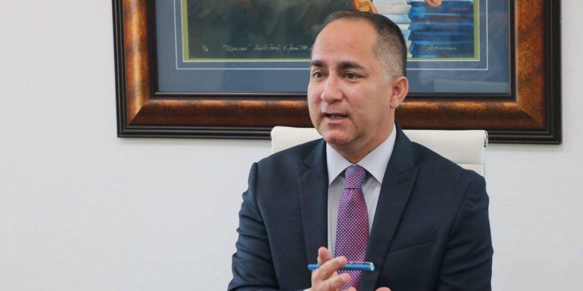 Denuncian alegada movida partidista y mal uso de fondos del alcalde de Guánica