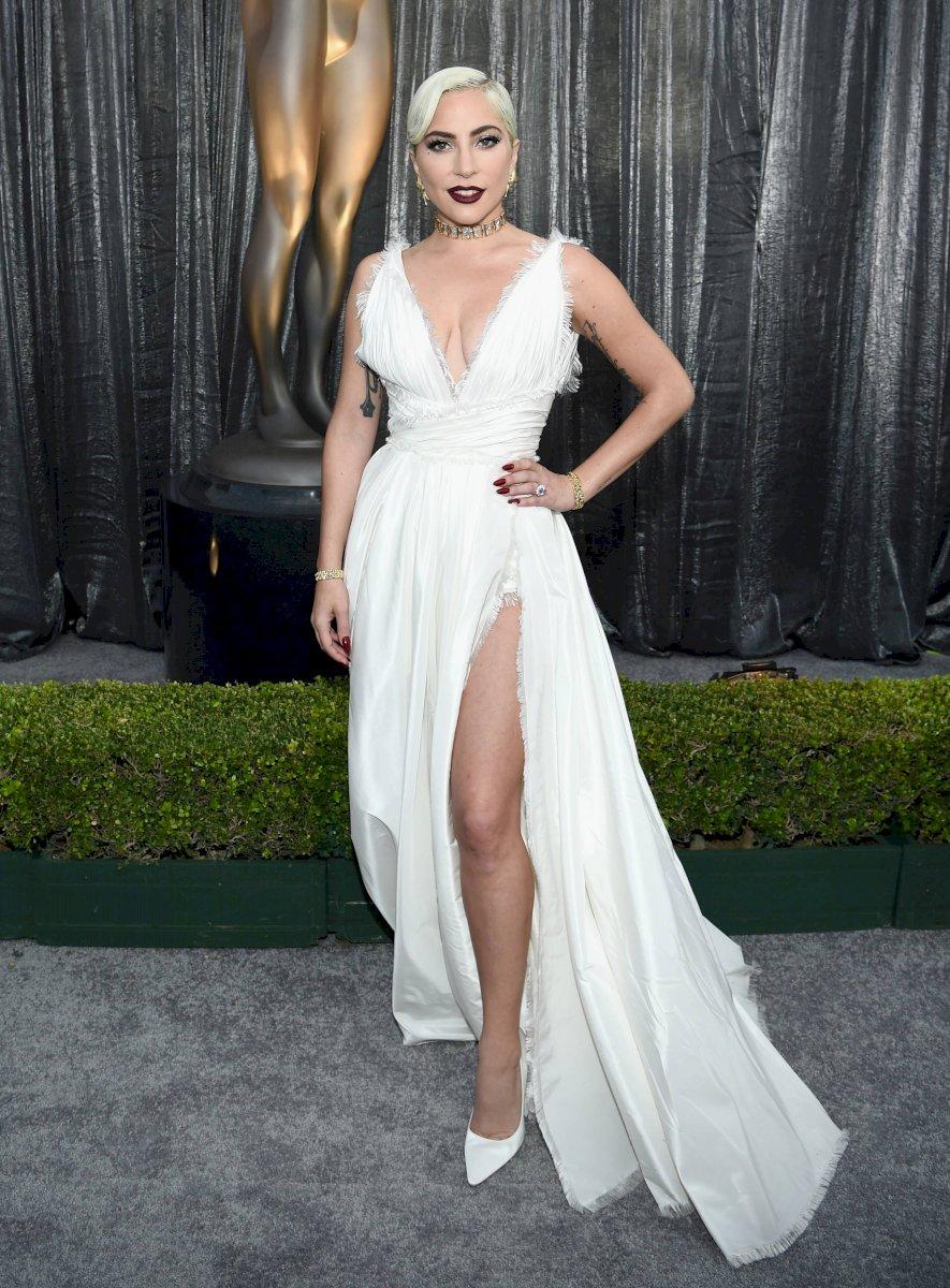 Lady Gaga no trató de ocultarse y se mostró cariñosa con su nuevo galán Getty Images