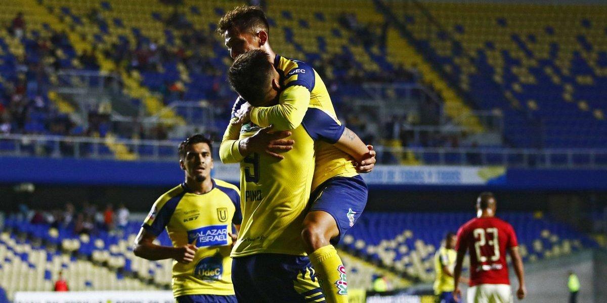 U. de Concepción sigue preparándose para la Libertadores y demostró categoría para golear a Universitario