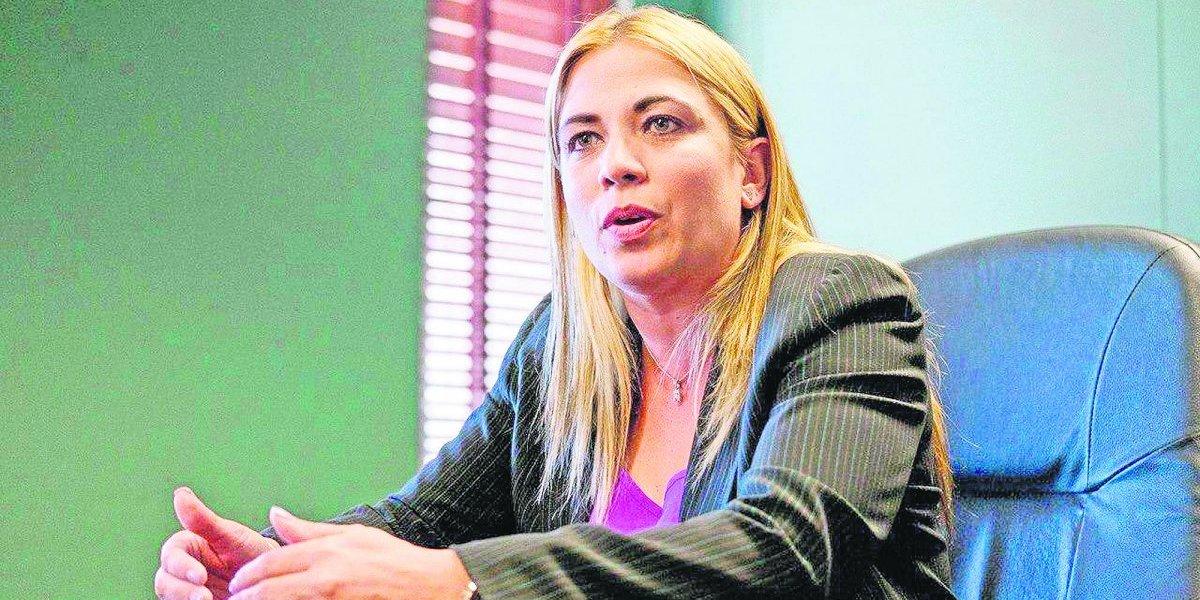 Nueva jefa de Carreteras no cambiará plan de Contreras