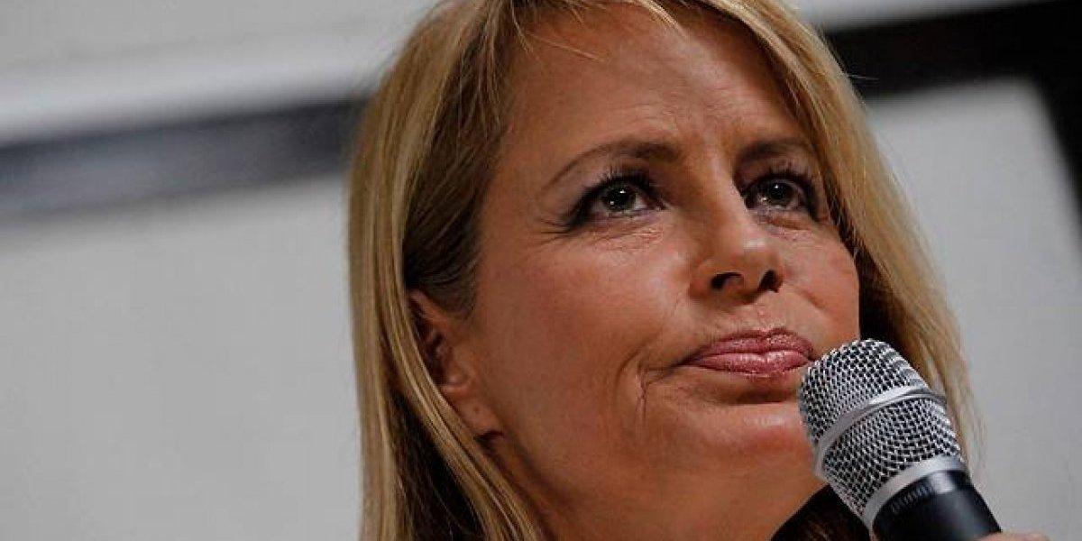 """Cecilia Bolocco se confiesa: """"Creo que sería bueno que redactemos una nueva Constitución"""""""