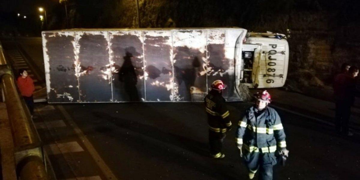 Quito: Accidente de tránsito en la Av. Simón Bolívar