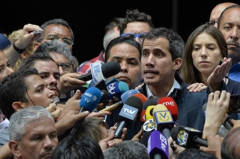 EEUU impone sanciones a estatal venezolana de petróleo PDVSA