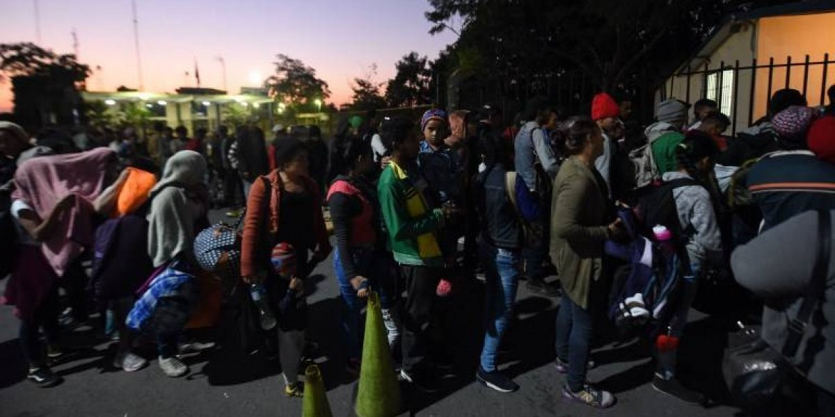 Guatemala atendió casi 7 mil migrantes centroamericanos en ruta a EE.UU.