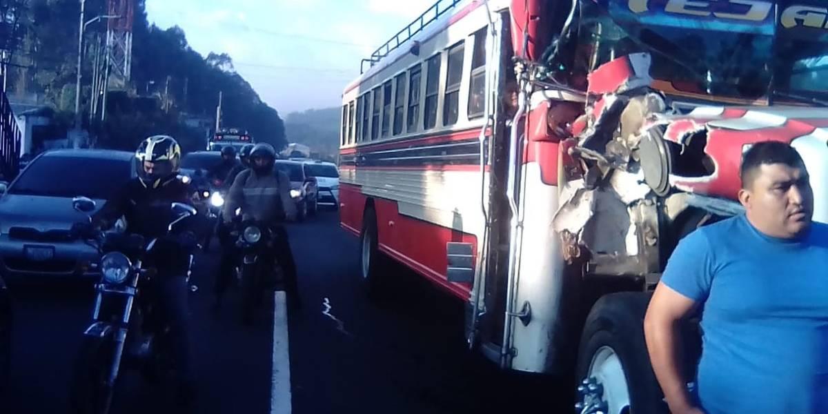 Al menos diez heridos tras accidente de tránsito en ruta al Pacífico