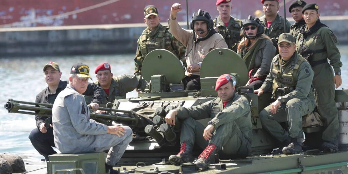 """""""No viajen a Venezuela"""": la alerta de EEUU a sus ciudadanos ante la escalada en el enfrentamiento Maduro-Guaidó"""
