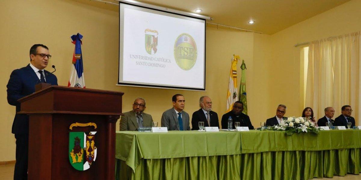 """TSE inaugura maestría sobre """"Alta Gerencia y Partidos Políticos"""""""