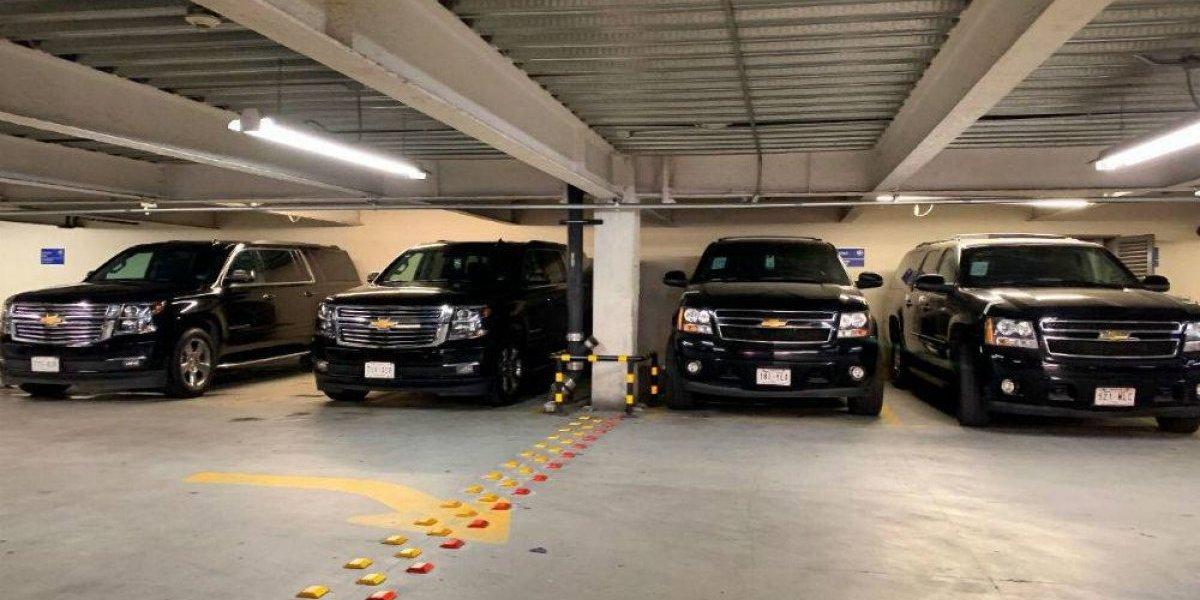 Estos son los vehículos que AMLO venderá en tianguis de Santa Lucía