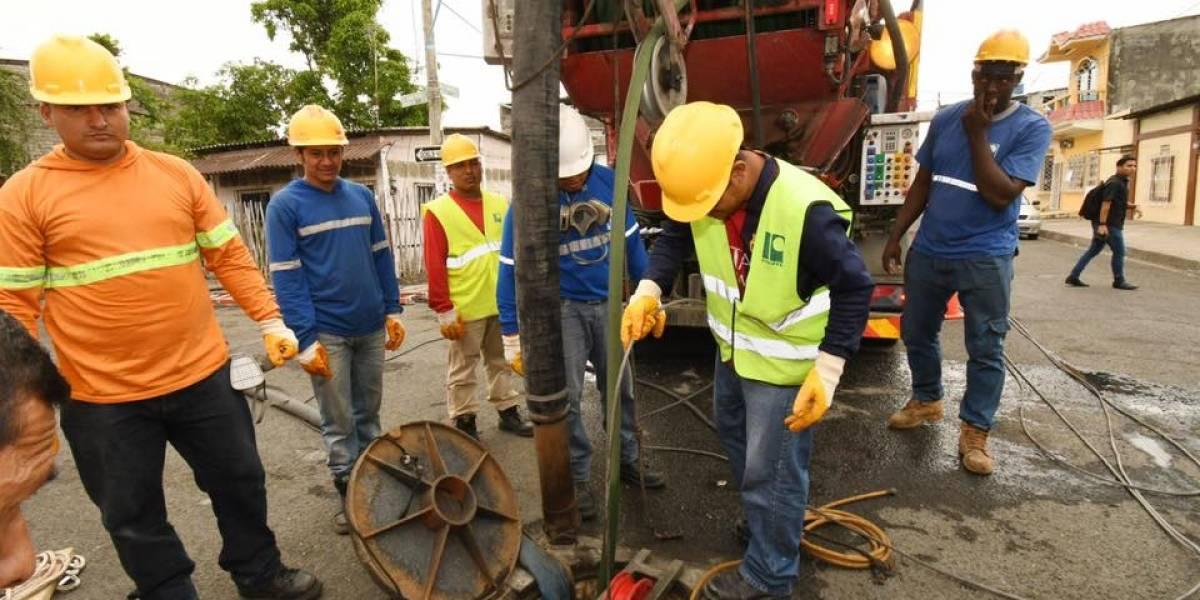 Tecnología sin zanja se utiliza en trabajos de rehabilitación de alcantarillado en suburbio oeste de Guayaquil