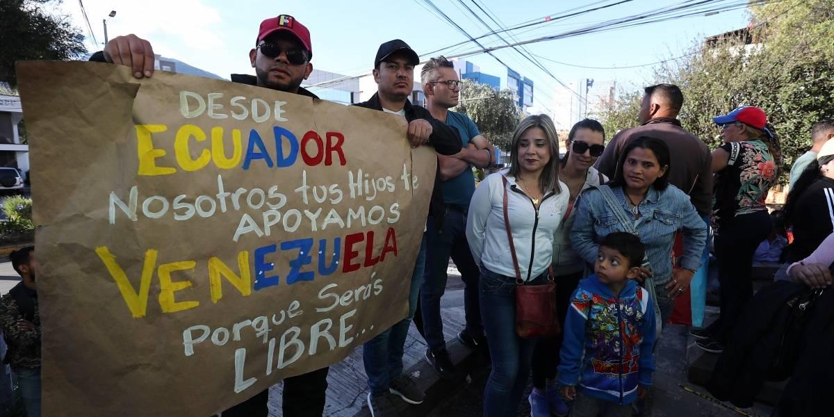 Dejan sin efecto exigencia de pasaporte a venezolanos