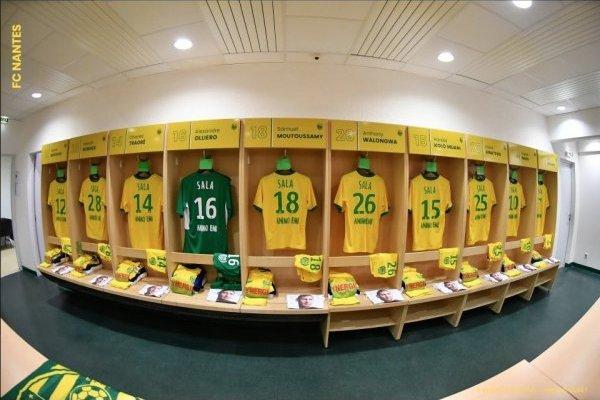 Homenaje de los jugadadores del FC Nantes a Emiliano Sala - Foto: Twitter FC Nantes