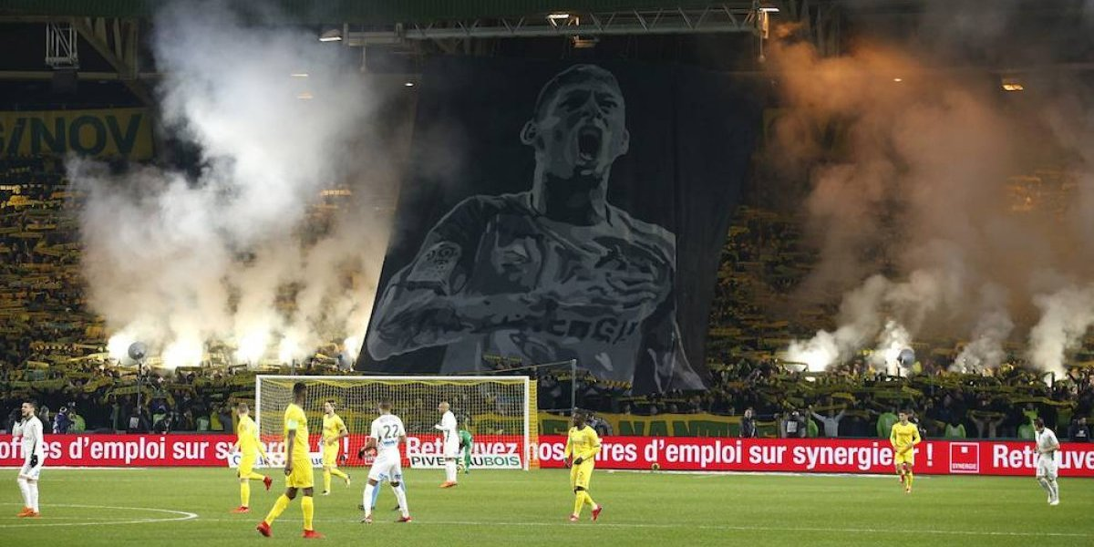 Nantes realiza emotivo homenaje a Emiliano Sala