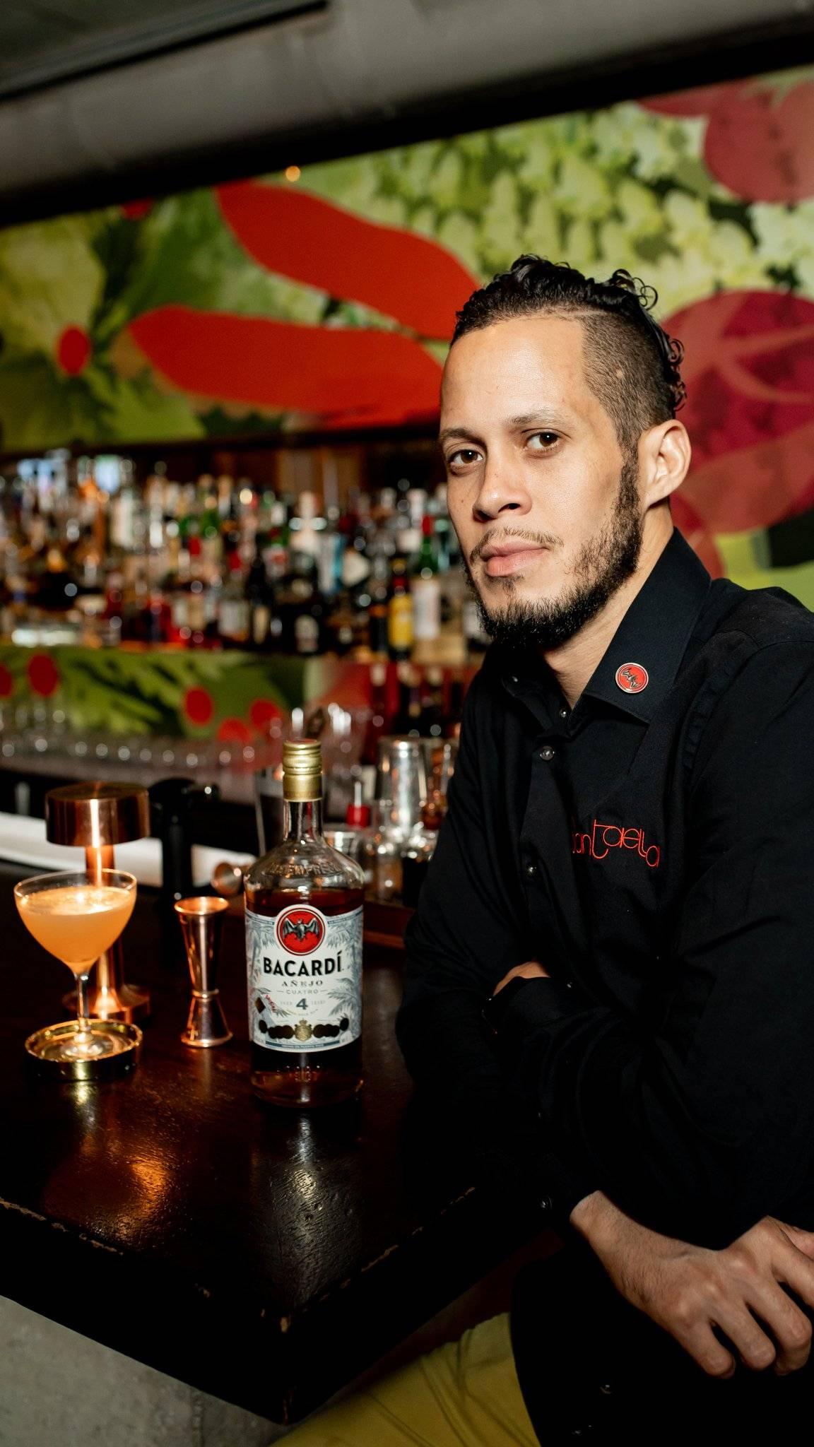 Jonatan Meléndez buscará convertirse en el representante boricua en Bacardí Legacy Cocktail Competition