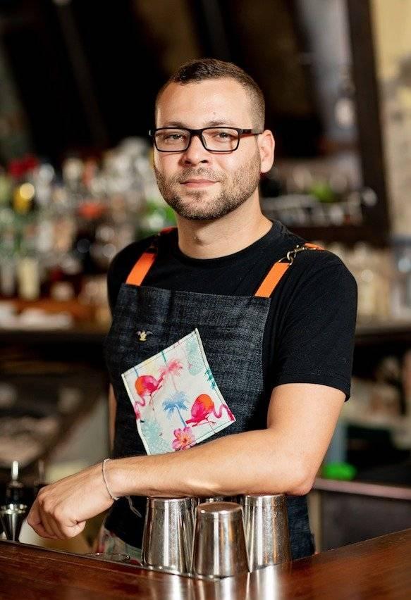 Carlos Irizarry es otro de los finalistas de la tercera etapa de la competencia Bacardi Legacy Cocktail